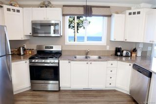 Photo 4: 2 8177 West Coast Rd in Sooke: Sk West Coast Rd Manufactured Home for sale : MLS®# 842642