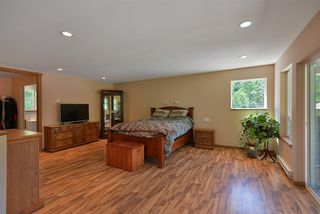 Photo 11: 6139 REEVES Road in Sechelt: Sechelt District House for sale (Sunshine Coast)  : MLS®# R2478933