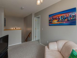 Photo 15: 72 SCENIC Gardens NW in Calgary: Scenic Acres Semi Detached for sale : MLS®# A1019502