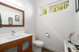 "Photo 14: 2211 CRUMPIT WOODS Drive in Squamish: Valleycliffe House for sale in ""Crumpit Woods"" : MLS®# R2494676"