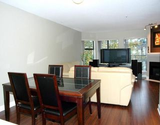 "Photo 2: 305 2968 BURLINGTON Drive in Coquitlam: North Coquitlam Condo for sale in ""THE BURLINGTON"" : MLS®# V790907"