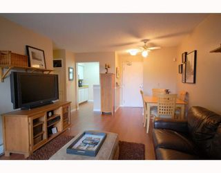 "Photo 4: 106 230 MOWAT Street in New Westminster: Uptown NW Condo for sale in ""HILLPOINTE"" : MLS®# V802936"