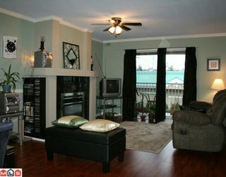 """Photo 1: 206 5830 176A Street in Surrey: Cloverdale BC Condo for sale in """"Clover Court"""" (Cloverdale)  : MLS®# F1001306"""