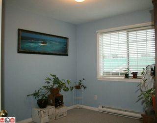 """Photo 10: 206 5830 176A Street in Surrey: Cloverdale BC Condo for sale in """"Clover Court"""" (Cloverdale)  : MLS®# F1001306"""