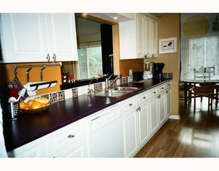 Photo 6: 309 1585 FIELD Road in Sechelt: Sechelt District Townhouse for sale (Sunshine Coast)  : MLS®# V807229