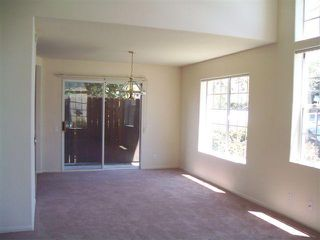 Photo 5: CHULA VISTA House for sale : 3 bedrooms : 556 Glover