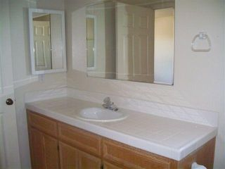 Photo 6: CHULA VISTA House for sale : 3 bedrooms : 556 Glover