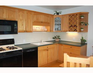"""Photo 5: 80 W 20TH Avenue in Vancouver: Cambie House for sale in """"CAMBIE"""" (Vancouver West)  : MLS®# V811919"""