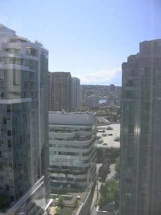 "Photo 21: 2202 788 HAMILTON Street in Vancouver: Downtown VW Condo for sale in ""TV TOWER I"" (Vancouver West)  : MLS®# V825585"