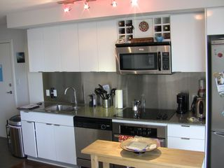 "Photo 34: 2202 788 HAMILTON Street in Vancouver: Downtown VW Condo for sale in ""TV TOWER I"" (Vancouver West)  : MLS®# V825585"