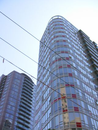 "Photo 10: 2202 788 HAMILTON Street in Vancouver: Downtown VW Condo for sale in ""TV TOWER I"" (Vancouver West)  : MLS®# V825585"