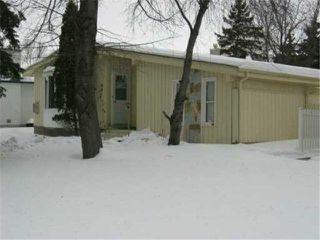Photo 2: 394 DALHOUSIE Drive in WINNIPEG: Fort Garry / Whyte Ridge / St Norbert Residential for sale (South Winnipeg)  : MLS®# 2702015