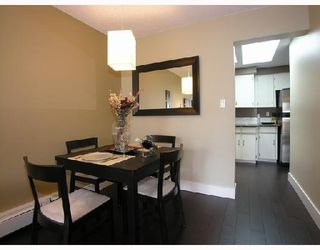 "Photo 3: 306 1011 4TH Avenue in New_Westminster: Uptown NW Condo for sale in ""CRESTWELL MANOR"" (New Westminster)  : MLS®# V718301"