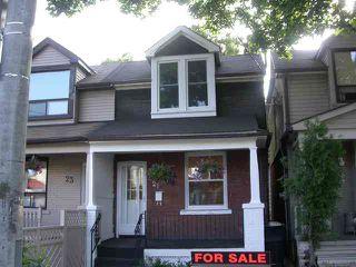 Photo 1: 21 Thyra Avenue in Toronto: House (2 1/2 Storey) for sale (E03: TORONTO)  : MLS®# E1434004