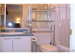 Photo 7: 1010 Colville Rd in VICTORIA: Es Old Esquimalt Half Duplex for sale (Esquimalt)  : MLS®# 482030