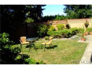 Photo 9: 1010 Colville Rd in VICTORIA: Es Old Esquimalt Half Duplex for sale (Esquimalt)  : MLS®# 482030