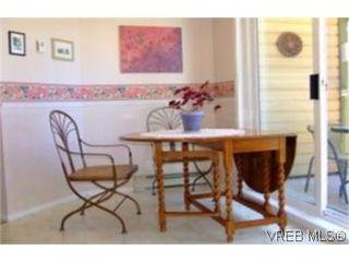 Photo 5: 1010 Colville Rd in VICTORIA: Es Old Esquimalt Half Duplex for sale (Esquimalt)  : MLS®# 482030