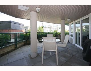 "Photo 7: A210 2099 LOUGHEED Highway in Port_Coquitlam: Glenwood PQ Condo for sale in ""SHAUGHNESSY SQUARE"" (Port Coquitlam)  : MLS®# V769369"