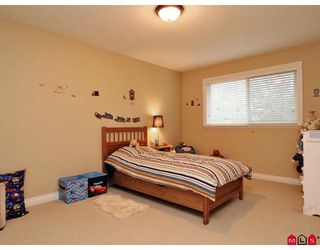 """Photo 10: 11 36260 MCKEE Road in Abbotsford: Abbotsford East Townhouse for sale in """"KINGS GATE"""" : MLS®# F2914523"""
