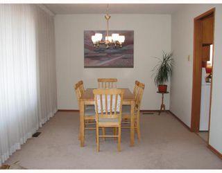 Photo 6: 212 WASHINGTON Avenue in WINNIPEG: East Kildonan Residential for sale (North East Winnipeg)  : MLS®# 2803737