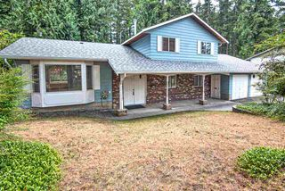 Photo 1: 19684 41A Avenue in Langley: Brookswood Langley House for sale : MLS®# R2392109