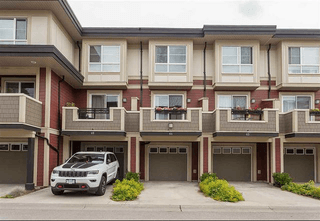 Photo 3: Unit 64 19477 72A Avenue in Surrey: Clayton Townhouse for sale (Cloverdale)  : MLS®# R2386075
