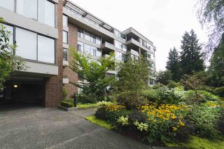 "Photo 18: 201 4101 YEW Street in Vancouver: Quilchena Condo for sale in ""ARBUTUS VILLAGE"" (Vancouver West)  : MLS®# R2403936"