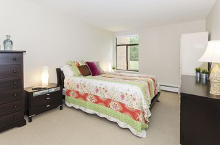 "Photo 14: 201 4101 YEW Street in Vancouver: Quilchena Condo for sale in ""ARBUTUS VILLAGE"" (Vancouver West)  : MLS®# R2403936"