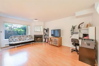 """Photo 5: 3360 MARQUETTE Crescent in Vancouver: Champlain Heights Townhouse for sale in """"CHAMPLAN RIDEGE"""" (Vancouver East)  : MLS®# R2404456"""