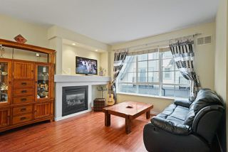 "Photo 5: 9 7733 TURNILL Street in Richmond: McLennan North Townhouse for sale in ""Somerset Crescent"" : MLS®# R2406309"