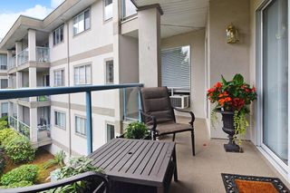 "Photo 14: 202 33090 GEORGE FERGUSON Way in Abbotsford: Central Abbotsford Condo for sale in ""TIFFANY PLACE"" : MLS®# R2413413"