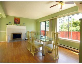 """Photo 2: 125 W 6TH Street in North_Vancouver: Lower Lonsdale Townhouse for sale in """"WILLOW PLACE"""" (North Vancouver)  : MLS®# V781980"""