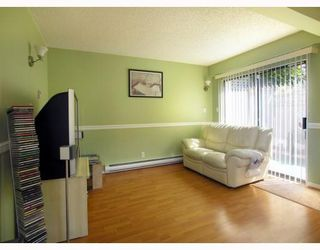 """Photo 3: 125 W 6TH Street in North_Vancouver: Lower Lonsdale Townhouse for sale in """"WILLOW PLACE"""" (North Vancouver)  : MLS®# V781980"""