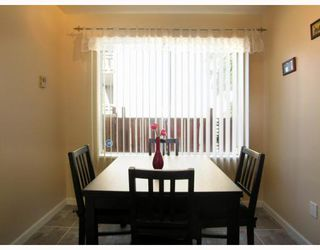 """Photo 6: 125 W 6TH Street in North_Vancouver: Lower Lonsdale Townhouse for sale in """"WILLOW PLACE"""" (North Vancouver)  : MLS®# V781980"""