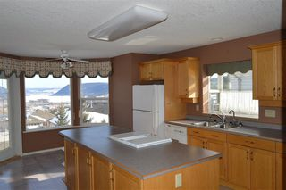 Photo 4: 296 WESTRIDGE Drive in Williams Lake: Williams Lake - City House for sale (Williams Lake (Zone 27))  : MLS®# R2438224