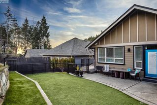 Photo 27: 2191 Stone Gate in VICTORIA: La Bear Mountain Single Family Detached for sale (Langford)  : MLS®# 423255