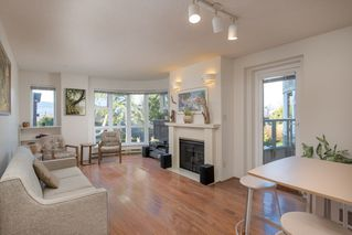 "Photo 4: 205 2428 W 1ST Avenue in Vancouver: Kitsilano Condo for sale in ""NOBLE HOUSE"" (Vancouver West)  : MLS®# R2450860"