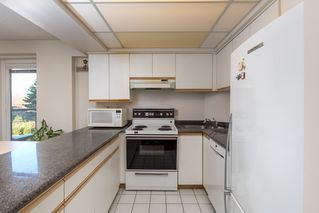 "Photo 10: 205 2428 W 1ST Avenue in Vancouver: Kitsilano Condo for sale in ""NOBLE HOUSE"" (Vancouver West)  : MLS®# R2450860"