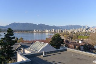 "Photo 16: 205 2428 W 1ST Avenue in Vancouver: Kitsilano Condo for sale in ""NOBLE HOUSE"" (Vancouver West)  : MLS®# R2450860"