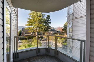 "Photo 11: 205 2428 W 1ST Avenue in Vancouver: Kitsilano Condo for sale in ""NOBLE HOUSE"" (Vancouver West)  : MLS®# R2450860"