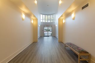 "Photo 3: 205 2428 W 1ST Avenue in Vancouver: Kitsilano Condo for sale in ""NOBLE HOUSE"" (Vancouver West)  : MLS®# R2450860"
