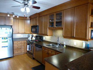 Photo 13: 1002 9923 103 Street in Edmonton: Zone 12 Condo for sale : MLS®# E4199233