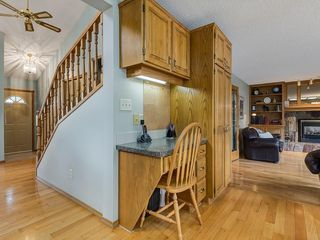 Photo 11: 99 Woodbrook Road SW in Calgary: Woodbine Detached for sale : MLS®# C4300567