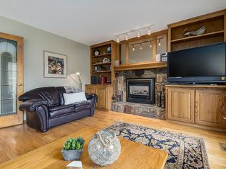 Photo 16: 99 Woodbrook Road SW in Calgary: Woodbine Detached for sale : MLS®# C4300567