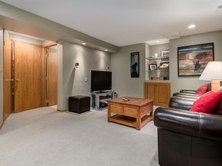 Photo 33: 99 Woodbrook Road SW in Calgary: Woodbine Detached for sale : MLS®# C4300567