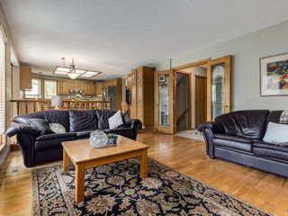 Photo 14: 99 Woodbrook Road SW in Calgary: Woodbine Detached for sale : MLS®# C4300567