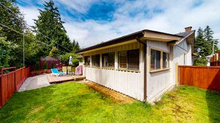 Photo 3: 1807 HALL Road in Sechelt: Sechelt District House for sale (Sunshine Coast)  : MLS®# R2469824