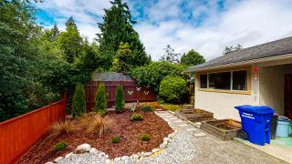 Photo 4: 1807 HALL Road in Sechelt: Sechelt District House for sale (Sunshine Coast)  : MLS®# R2469824