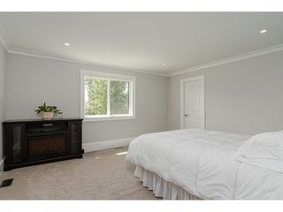 "Photo 27: 17677 68A Avenue in Surrey: Cloverdale BC House for sale in ""PROVINCETON"" (Cloverdale)  : MLS®# R2486533"