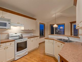 Photo 11: 30 SCIMITAR Court NW in Calgary: Scenic Acres Duplex for sale : MLS®# A1027323